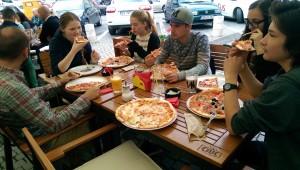 Pizza-Essen zum Abschied